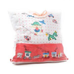poduszka z ubranek dzieciecych