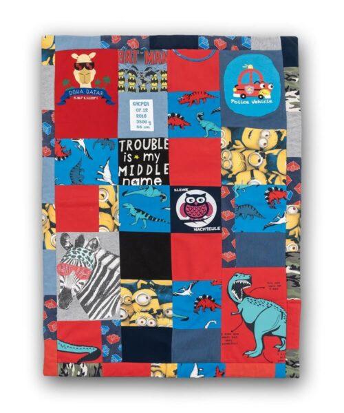 Kocyk patchwork z ubranek dzieciecych